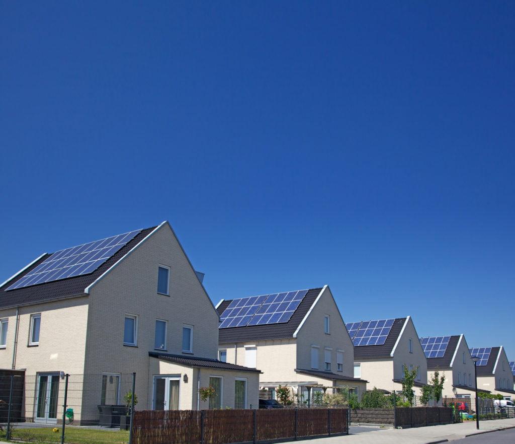 Energie rinnovabili - potenziamento dell'energia solare - SB energetica l'energia che respira - La Confederazione promuove il potenziamento dell'energia solare con un credito di 470 milioni di franchi