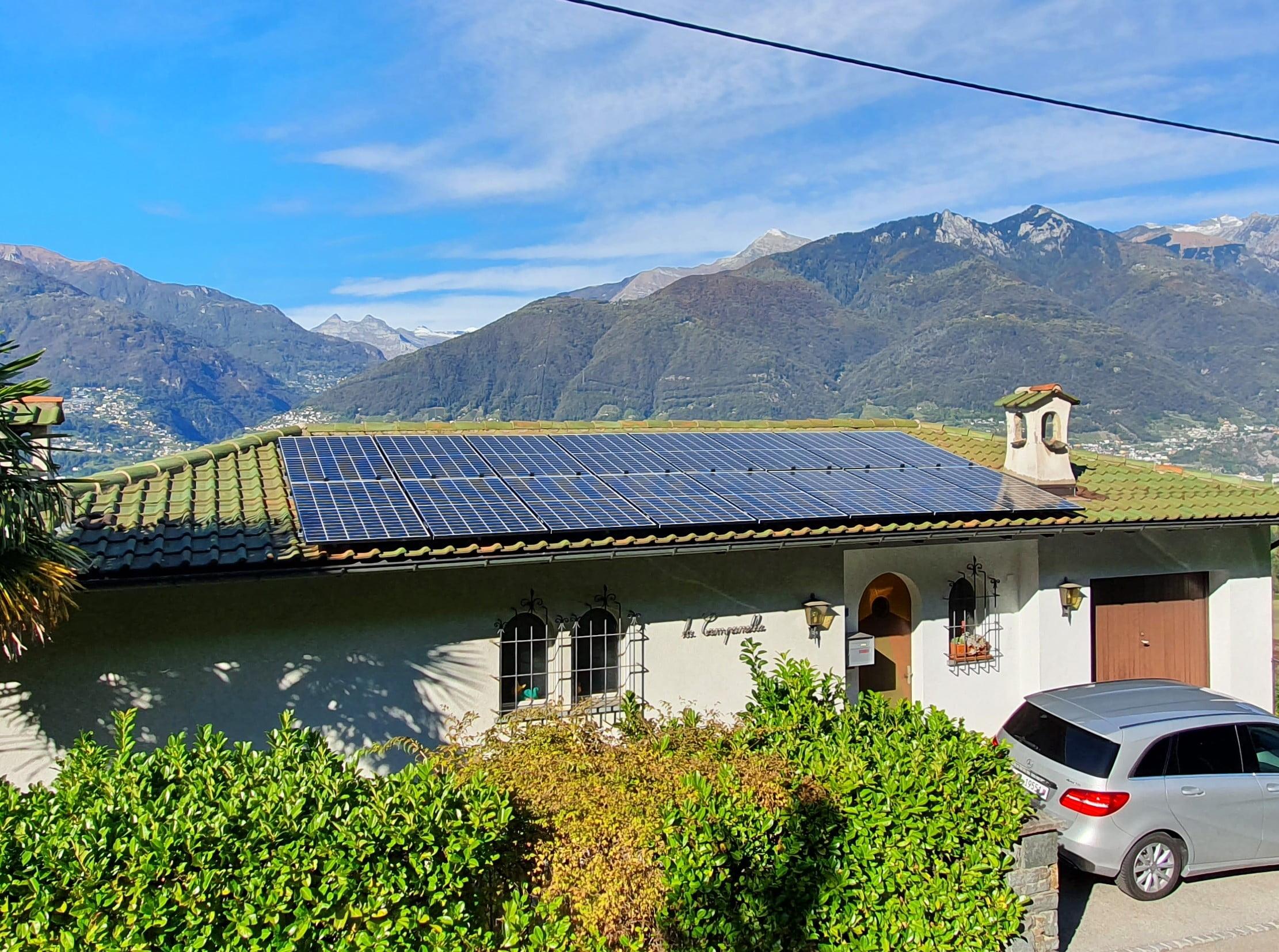 Impianto fotovoltaico con batteria installato nel Gambarogno